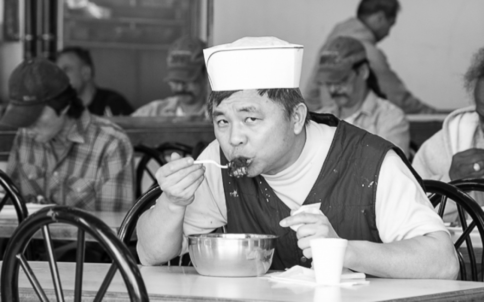 Photo Tours Vancouver - street phtoghy soup eater by Aura McKay